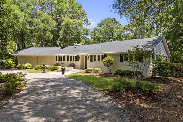 240 W Mckenzie Road, Pinehurst, NC 28374 (MLS #205912) :: Towering Pines Real Estate