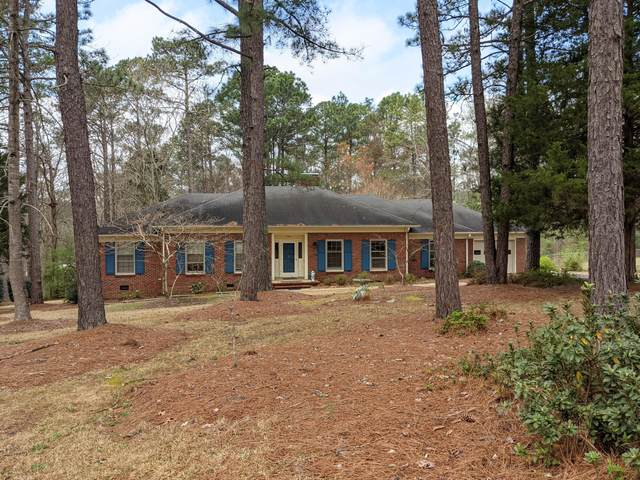 406 Dundee Trail, Southern Pines, NC 28387 (MLS #206030) :: Towering Pines Real Estate