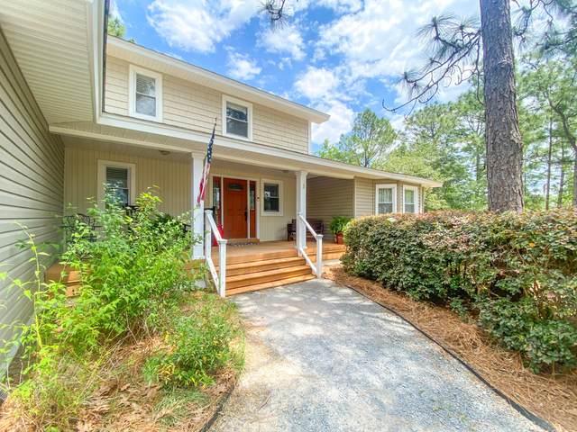 3 Lake Side Lane, Pinehurst, NC 28374 (MLS #206318) :: Pinnock Real Estate & Relocation Services, Inc.