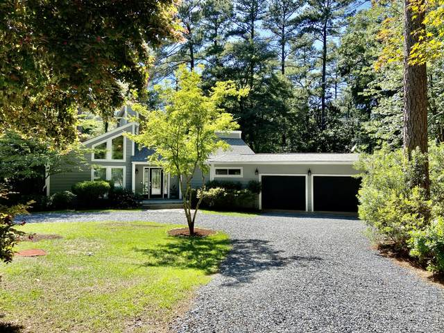 160 Golf Crest Lane, Southern Pines, NC 28387 (MLS #206597) :: EXIT Realty Preferred