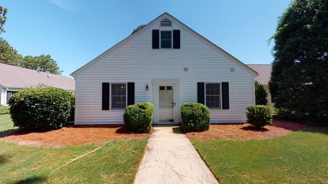 13 Village Green Circle, Southern Pines, NC 28387 (MLS #206660) :: Towering Pines Real Estate