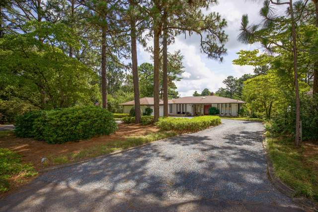 136 Pine Lake Drive, Whispering Pines, NC 28327 (MLS #206850) :: Pines Sotheby's International Realty