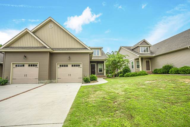 120 Cypress Circle, Southern Pines, NC 28387 (MLS #207168) :: Towering Pines Real Estate