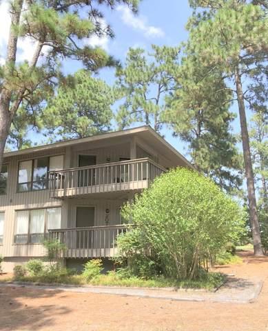 207 Foxkroft Drive, Foxfire Village, NC 27281 (MLS #207763) :: On Point Realty