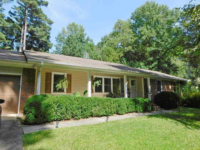 243 Heather Lane, Southern Pines, NC 28387 (MLS #207818) :: Pinnock Real Estate & Relocation Services, Inc.