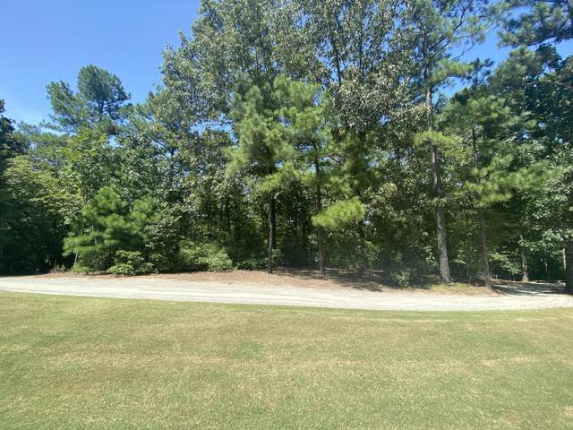 24 Middlebury Road, Pinehurst, NC 28374 (MLS #207896) :: Pines Sotheby's International Realty