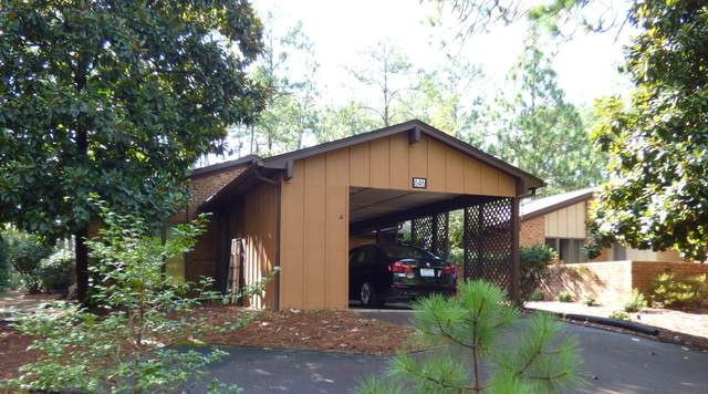 646 Redwood Drive, Southern Pines, NC 28387 (MLS #207918) :: Pinnock Real Estate & Relocation Services, Inc.