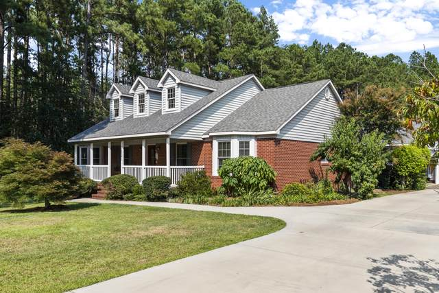 30341 E Lake Road, Wagram, NC 28396 (MLS #207931) :: Pinnock Real Estate & Relocation Services, Inc.