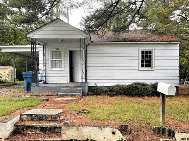 107 Clark Street, Carthage, NC 28327 (MLS #208133) :: Pinnock Real Estate & Relocation Services, Inc.