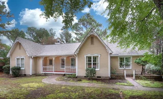 180 Sugar Pine Drive, Pinehurst, NC 28374 (MLS #208451) :: Pinnock Real Estate & Relocation Services, Inc.
