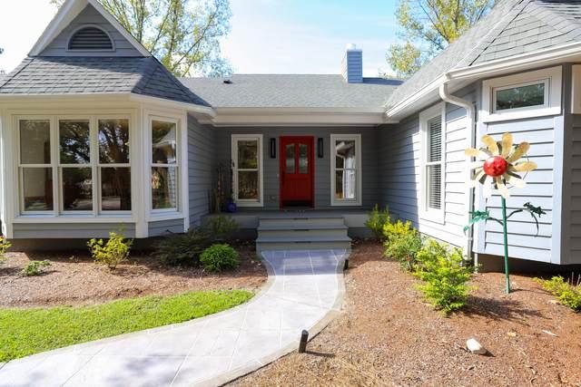 4 Broadmoor Place, Pinehurst, NC 28374 (MLS #208549) :: Towering Pines Real Estate