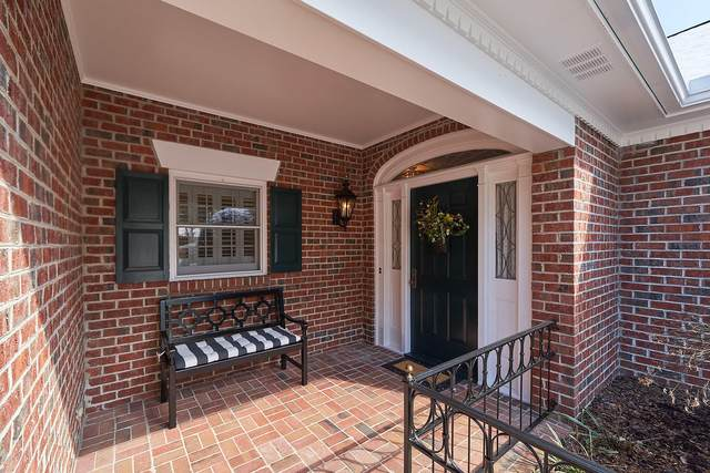 27 Ashley Circle, Southern Pines, NC 28387 (MLS #198829) :: Pinnock Real Estate & Relocation Services, Inc.