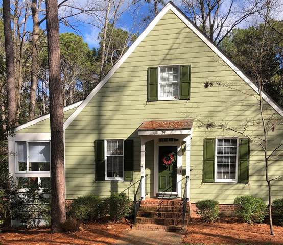 29 Village In The Woods Circle, Southern Pines, NC 28387 (MLS #205005) :: Pines Sotheby's International Realty