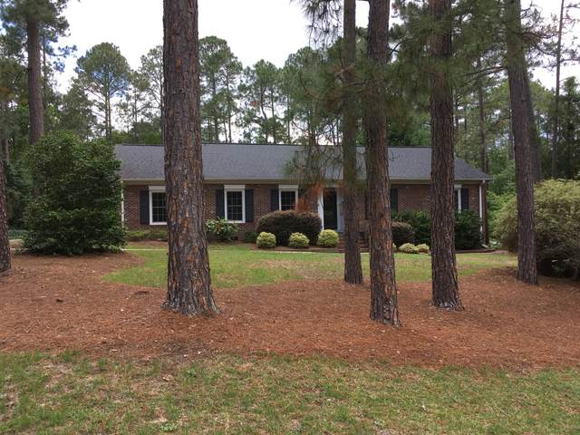 120 Fox Hunt Lane, Southern Pines, NC 28387 (MLS #206298) :: EXIT Realty Preferred
