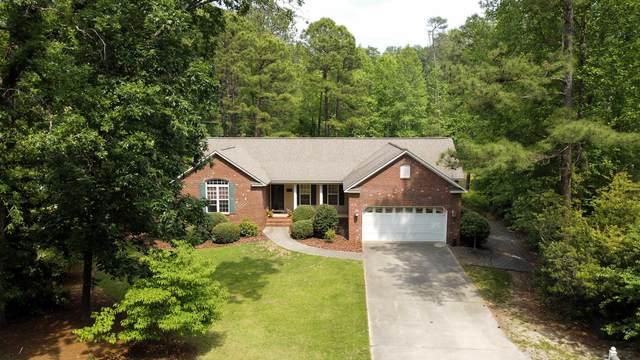 9 Holly Lane, Pinehurst, NC 28374 (MLS #206362) :: Towering Pines Real Estate