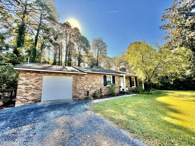 1355 N Ridge Street, Southern Pines, NC 28387 (MLS #208477) :: Pinnock Real Estate & Relocation Services, Inc.