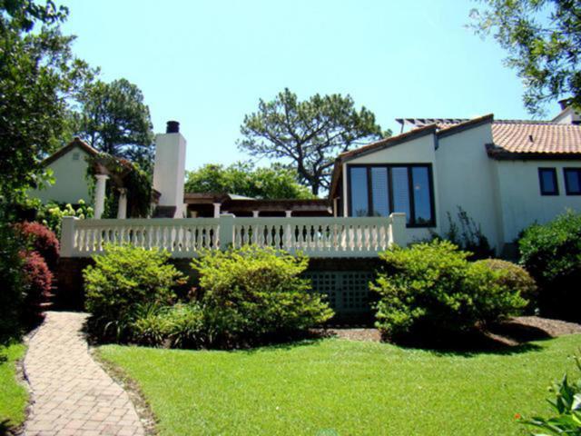 395 SW Lake Forest Drive, Pinehurst, NC 28374 (MLS #180786) :: Weichert, Realtors - Town & Country