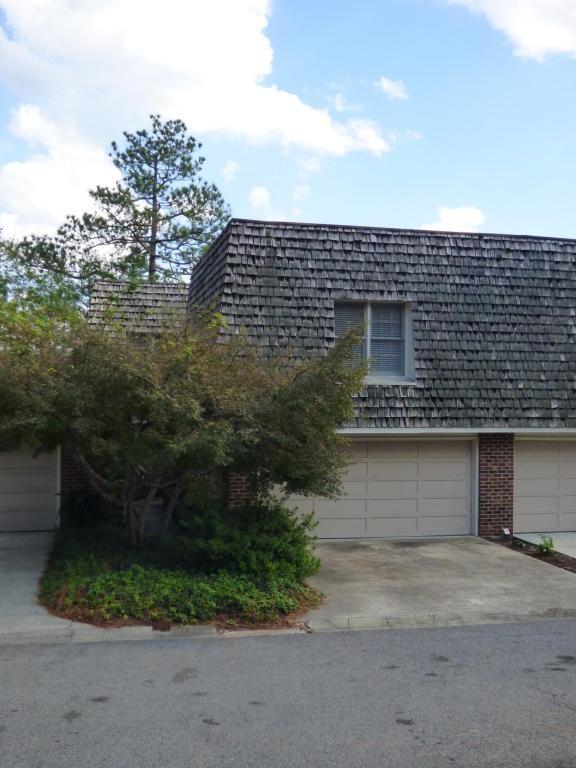 127 Racquet Lane, Pinehurst, NC 28374 (MLS #185067) :: Weichert, Realtors - Town & Country
