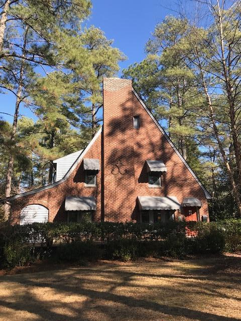 345 E Illinois Avenue, Southern Pines, NC 28387 (MLS #185995) :: Weichert, Realtors - Town & Country