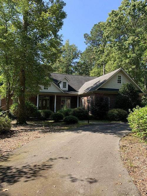 1949 Duffers Lane, Sanford, NC 27332 (MLS #203163) :: Pines Sotheby's International Realty