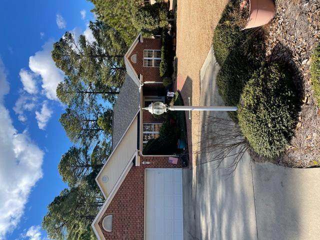 3 Falcon Road, Whispering Pines, NC 28327 (MLS #204031) :: Pines Sotheby's International Realty