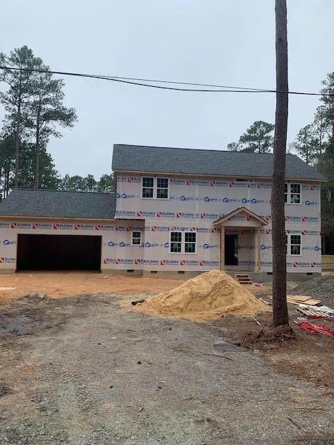 129 Thorne Road, Pinehurst, NC 28374 (MLS #204472) :: Towering Pines Real Estate