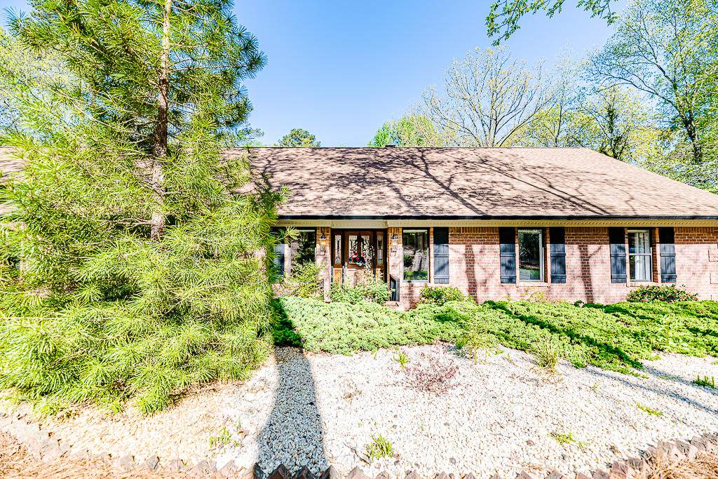 420 Hill Road - Photo 1