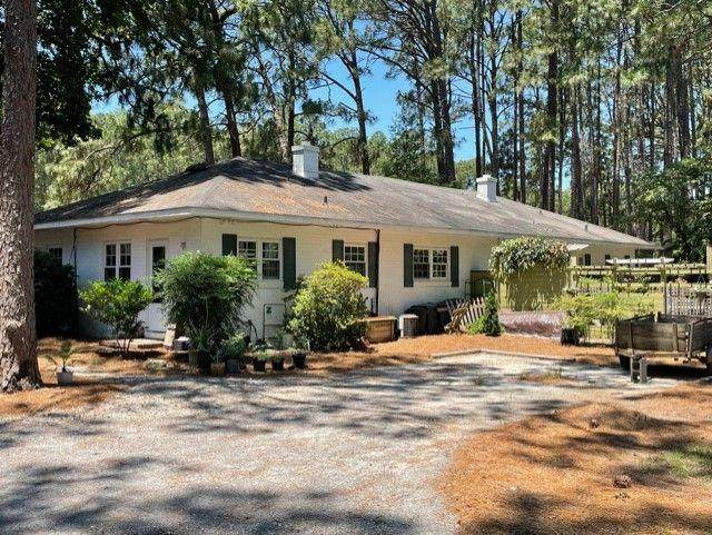 126 Longleaf Road, Southern Pines, NC 28387 (MLS #206615) :: EXIT Realty Preferred