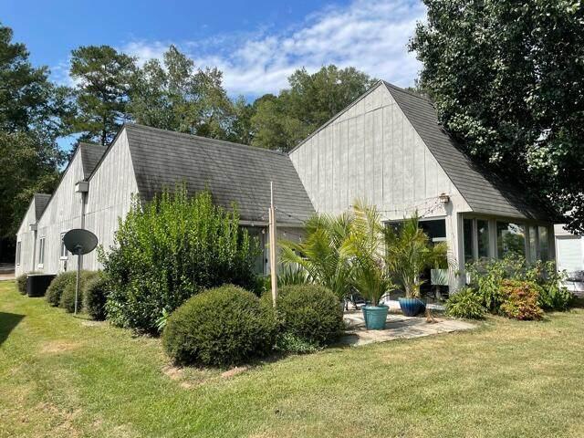 113 Mallard Cove, Vass, NC 28394 (MLS #207944) :: Pinnock Real Estate & Relocation Services, Inc.