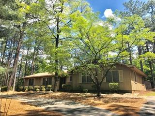 1221 N Fort Bragg Rd. Road, Southern Pines, NC 28387 (MLS #188266) :: Weichert, Realtors - Town & Country