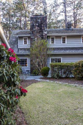 260 Quail Run, Pinehurst, NC 28374 (MLS #194824) :: Pinnock Real Estate & Relocation Services, Inc.