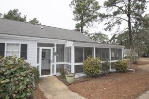 10 Village Green Circle #10, Southern Pines, NC 28387 (MLS #187176) :: Weichert, Realtors - Town & Country