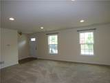 226 Thornapple - Photo 5