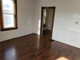 913 4th St - Photo 10