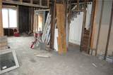 174 Ormsby Ave - Photo 4