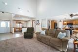 912 Gregory Ct - Photo 4