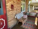 923 Maplewood Ave - Photo 2