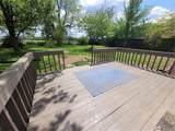 710 Courtview Dr - Photo 18