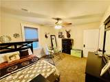 521 Rosslyn Ave - Photo 16