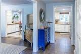 684 Galway Dr - Photo 4