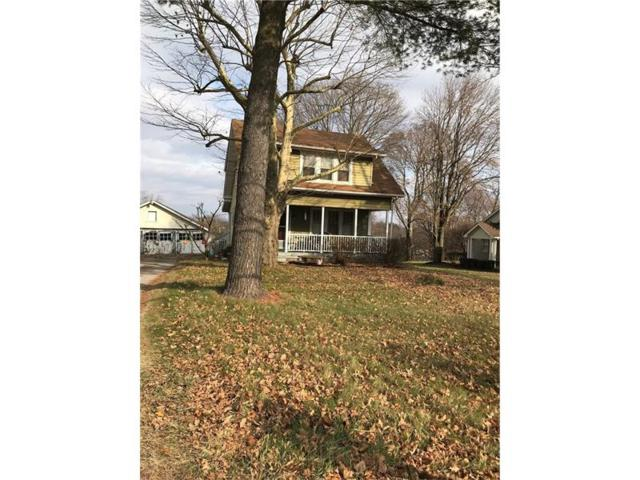 324 Broadhead Rd, Moon/Crescent Twp, PA 15046 (MLS #1315663) :: Keller Williams Pittsburgh