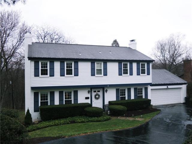 1841 Tilton Drive, Upper St. Clair, PA 15241 (MLS #1328367) :: Keller Williams Pittsburgh