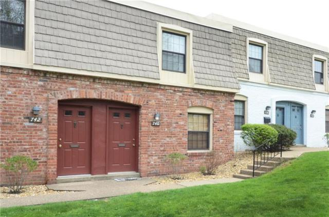 740 Carriage Circle, Pennsbury, PA 15205 (MLS #1338196) :: Keller Williams Pittsburgh