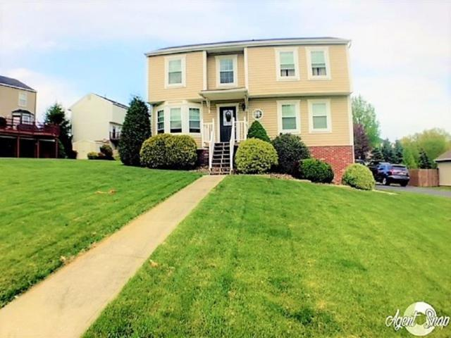 7203 Green Meadow Dr, North Fayette, PA 15126 (MLS #1338799) :: Keller Williams Pittsburgh