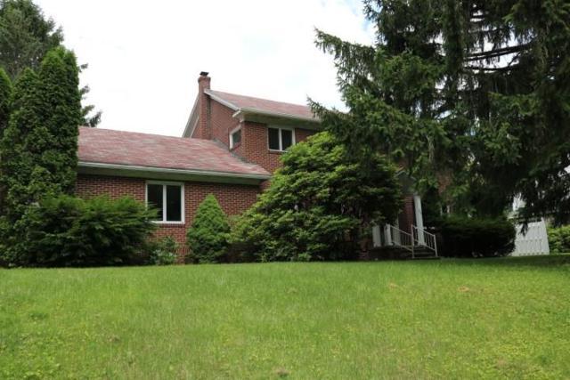 204 Palliser Street, Westmont Hilltop School District, PA 15905 (MLS #1349274) :: Keller Williams Realty