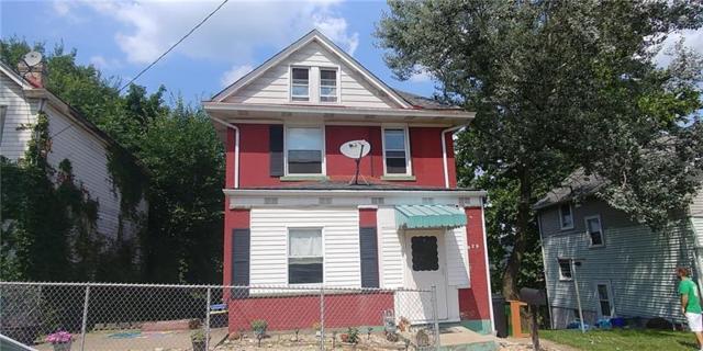 629 6th Avenue, Coraopolis, PA 15108 (MLS #1349440) :: Keller Williams Pittsburgh