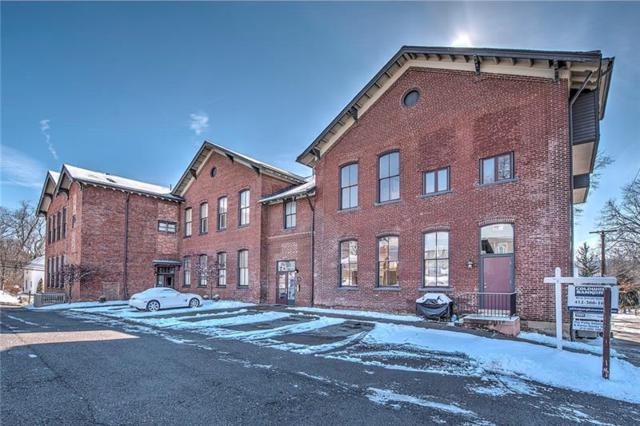 10 Walnut Street #11, Emsworth, PA 15202 (MLS #1353125) :: Keller Williams Pittsburgh