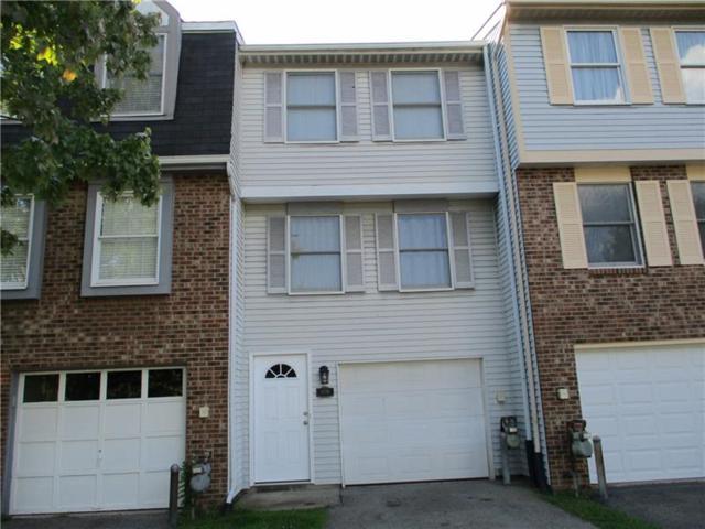910 Lynwood Ct., Cranberry Twp, PA 16066 (MLS #1354218) :: Keller Williams Pittsburgh