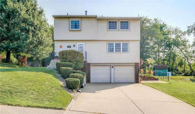 420 Scottsdale Drive, Moon/Crescent Twp, PA 15108 (MLS #1356650) :: Keller Williams Pittsburgh