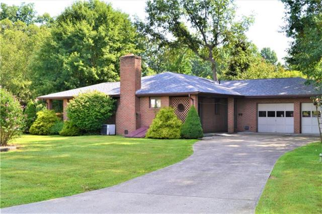 100 Oakdale Dr, Zelienople Boro, PA 16063 (MLS #1358590) :: Keller Williams Realty